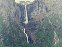 Mardalsfossen_Waterfall_Norway_2004 Utsnitt Peter John Acklam